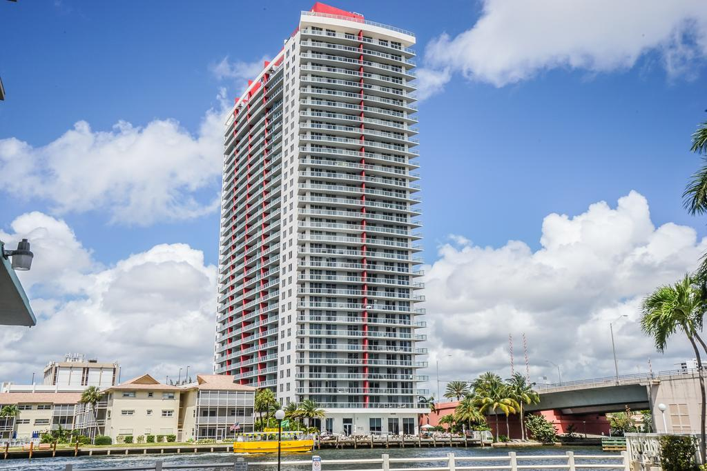 Beach Walk Resort Miami Al
